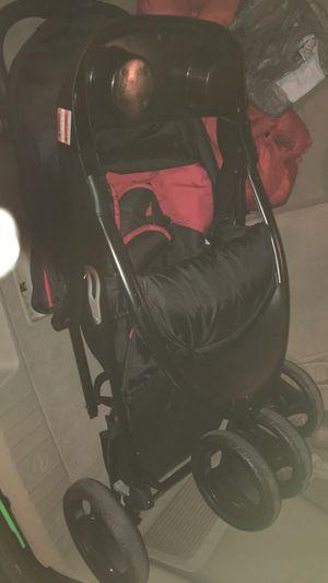 Baby trend jogging style stroller for Sale in Roanoke, VA