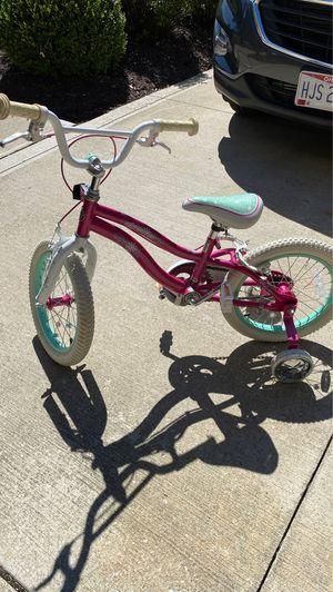 Schwinn 16 inch girls bike for Sale in Strongsville, OH