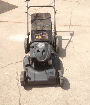 Briggs Stratton lawn mower for Sale in Sacramento, CA