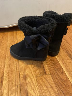 Toddler girl black boots size 9/10 for Sale in Maryland Heights, MO