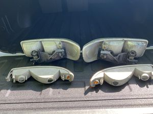 2004 GMC Sierra head lights for Sale in Lebanon, TN