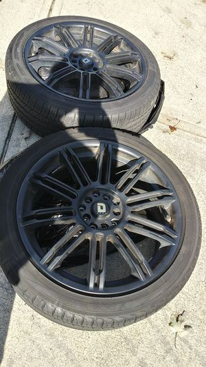 """Tire and wheel rim 18"""" Drag DR62 for Sale in Duluth, GA"""