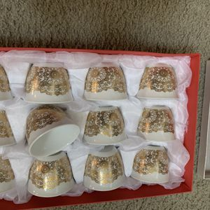 New In Box Arbic Coffee Cups for Sale in Lynnwood, WA