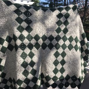 Crochet Lap Throw/Blanket for Sale in Nottingham, MD