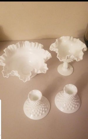 Vintage Milk Glass Pieces.Excellent Condition All four for $20 for Sale in San Fernando, CA