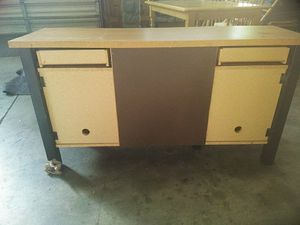 Light wood credenza/desk/entertainment stand for Sale in Austin, TX