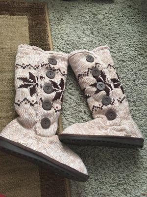 Brand new ladies sweater boots size 7 & 8 for Sale in Richmond, VA