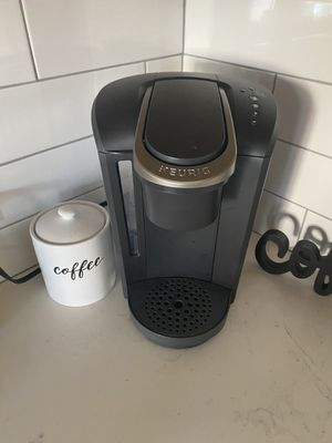 Keurig coffee machine for Sale in Gilbert, AZ