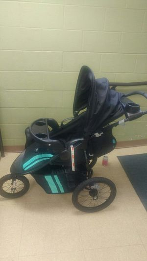 Baby Trend® Cityscape Jogger Travel System . for Sale in Portland, OR