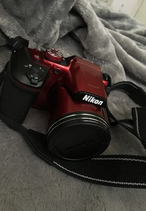 Camera (Nikon Coolpix B500 Digital Point & Shoot Camera, Red) for Sale in Hanford, CA