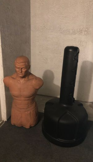 Bob punching bag for Sale in Miami, FL