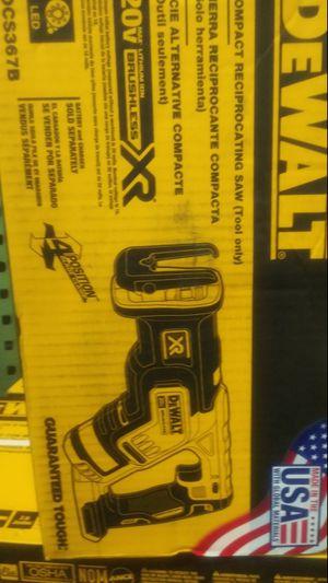 DEWALT 20V XR BRUSHLESS SAW ZALL for Sale in San Bernardino, CA