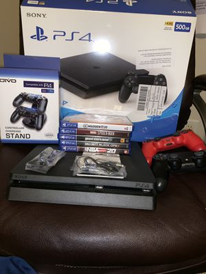 500GB PlayStation 4 with original boxing for Sale in Atlanta, GA