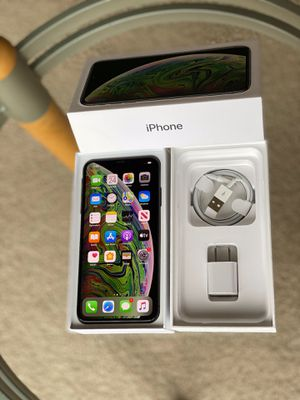 iPhone XSMAX 512GB Factory Unlock With Apple Care + Black or Gold for Sale in Glenview, IL