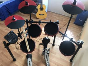 Top Seller Alesis Nitro Mesh Special Edition 8-Piece Electronic Drum Set for Sale in El Monte, CA