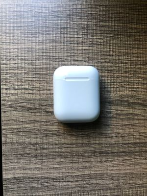 Airpods (First Grneration) for Sale in North Miami Beach, FL