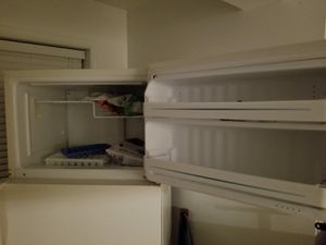 Refrigerator good condition. for Sale in Sterling, VA