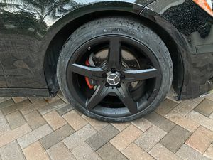 "19"" Mercedes AMG rims. for Sale in Cutler Bay, FL"