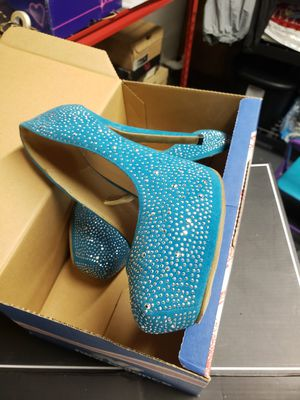 Size 7 Silver blue heels for Sale in Brentwood, PA