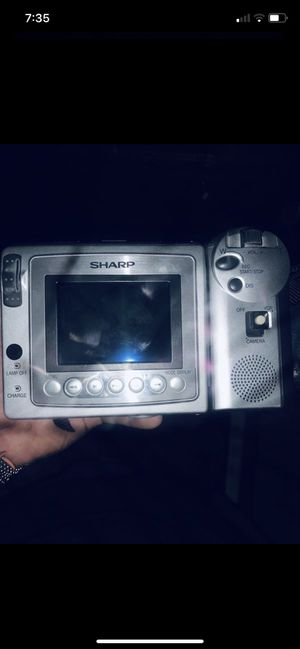 Sharp vl-h860 viewcam camcorder with brand new carry bag,tv plug in cables,charging dock,and wireless remote, asking $120 obo. for Sale in Fullerton, CA