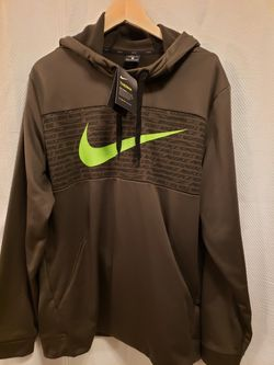 Nike THERMA size XL TG for Sale in Raleigh,  NC