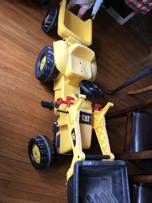 Peddle tractor Caterpillar for Sale in Rutland, IL