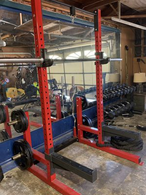 Complete squat rack so much to offer for Sale in Montclair, CA