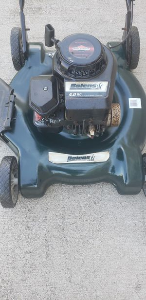 PUSH LAWN MOWER CRAFTSMAN WORKS HOW IT SHOULD for Sale in Dearborn Heights, MI