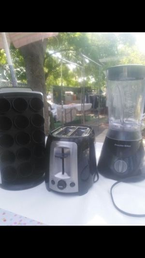 All for 20$ blender toaster and spice rack for Sale in Stockton, CA