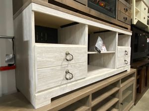 Tv Stand with Fireplace Option, Whitewash for Sale in Santa Fe Springs, CA