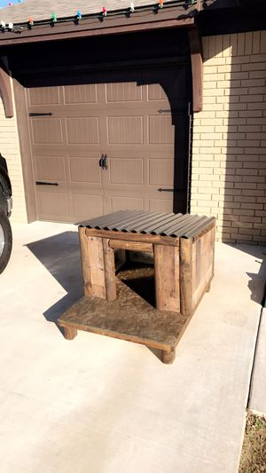 Dog house for Sale in Tulsa, OK