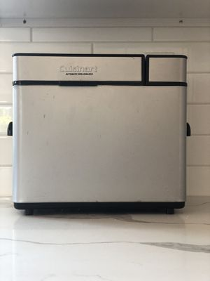 Cuisinart Automatic Breadmaker - CBK-100 Series for Sale in San Diego, CA