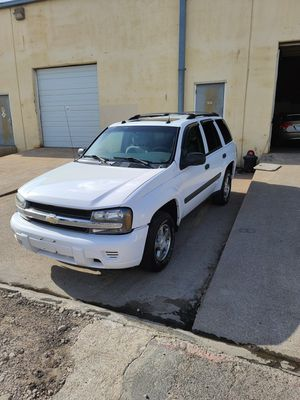 2005 Chevy Trail Blazer cold Ac,pwr windows,seats door,sunroof for Sale in Dallas, TX
