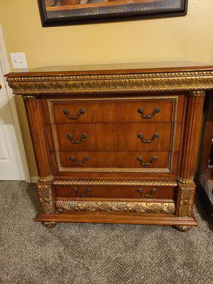 Beautiful pulaski dresser solid wood for Sale in Davenport, FL