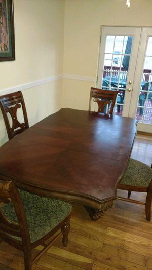 Dinning room table set for Sale in Philadelphia, PA