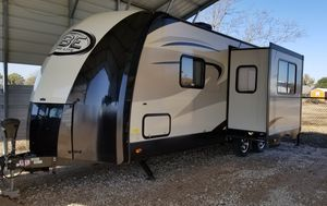 2016 Vibe Forest River 221-RBS RV Travel Trailer 27ft for Sale in Red Oak, TX