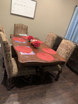 Dining set with 5 chairs for Sale in Dinuba, CA