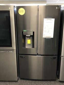 New LG Black Stainless French Door Refrigerator for Sale in Arlington,  TX