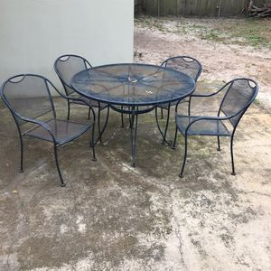 Patio Table And 6 Chairs for Sale in Fort Walton Beach, FL