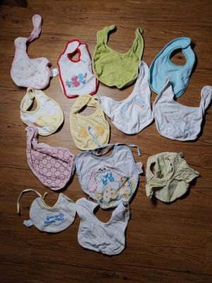Baby bibs bundle lot boy girl for Sale in Wildomar, CA