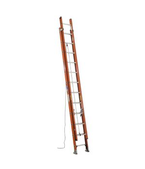 24 feet extension ladder 300 lbs for Sale in Falls Church, VA