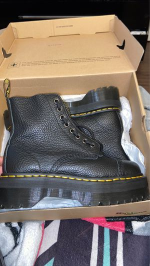 Dr matens size 7 for Sale in Washington, DC