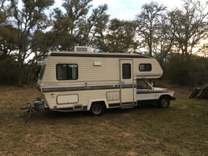 1985 Toyata SunLand Express.4 speed 22re engine for Sale in Austin, TX