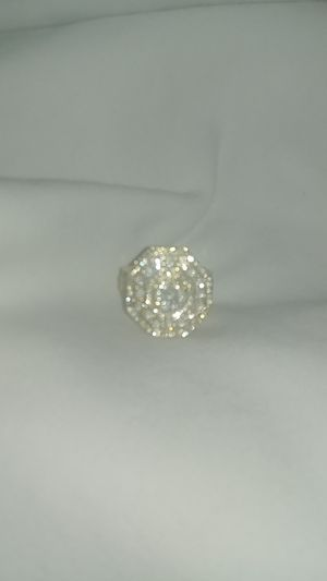 Real 10 k SI1s diamond ring for Sale in Dallas, TX