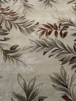 Area Rug 5 X 7 for Sale in Toms River,  NJ