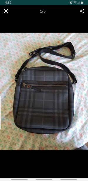Burberry mens messenger bag for Sale in Oak Lawn, IL