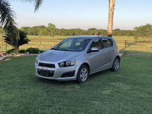 2014 CHEVY SONIC LT for Sale in Adkins, TX