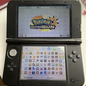 Nintendo 3DS XL blue color comes with 300+ games for Sale in Irvine, CA