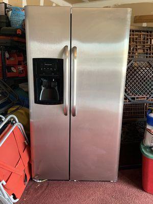 Refrigerator stainless steel Frigidaire for Sale in San Antonio, TX