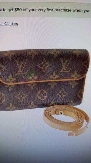 Louis Vuitton women's Florentine waist bag Fanny Pack for Sale in La Mesa, CA